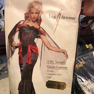 NWT Leg Avenue Vampire Queen Halloween Costume